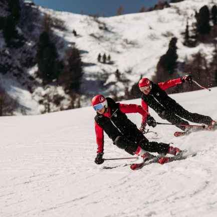 Szkolenia narciarskie dla młodzieży i dorosłych